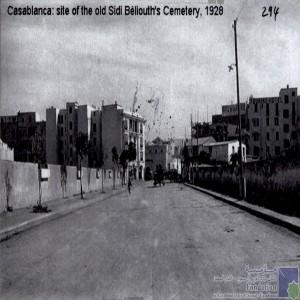 Site of the old Béliouth\'s Cemetery, 1928 / Rue mène au Marabout de Sidi - Beliouth