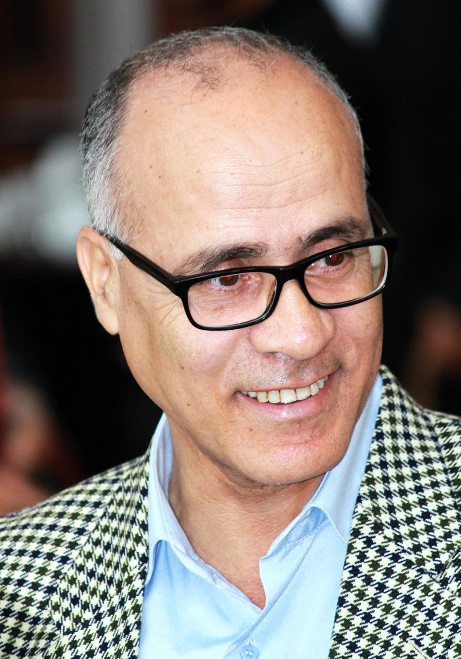 Un livre et auteur : Mohamed Houbaida