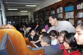 زيارة لمكتبة المؤسسة
